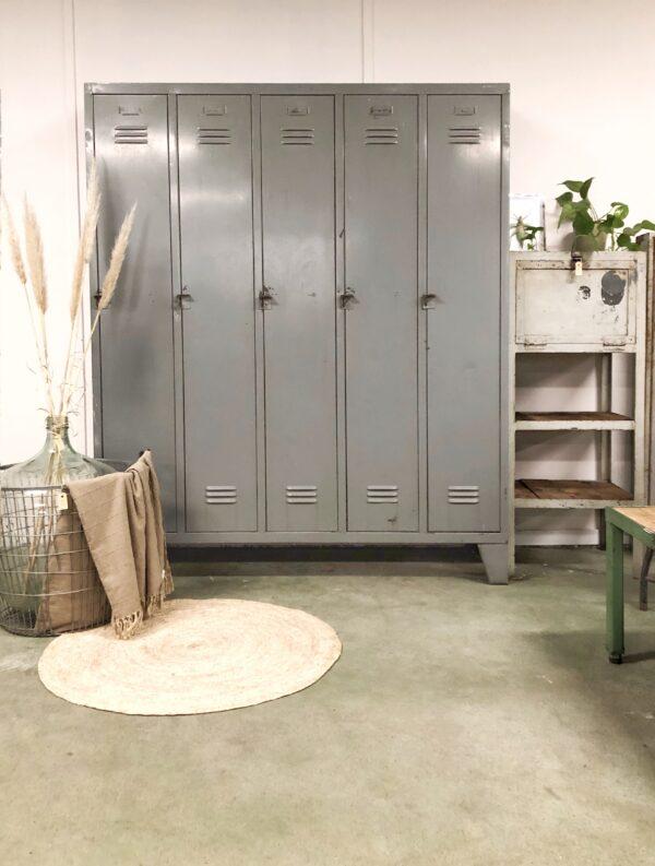 industrieel, vintage, interieur, lockerkast, grijs