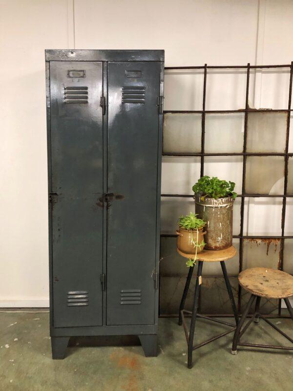 antraciet, vintage, lockerkast, industrieel, interieur